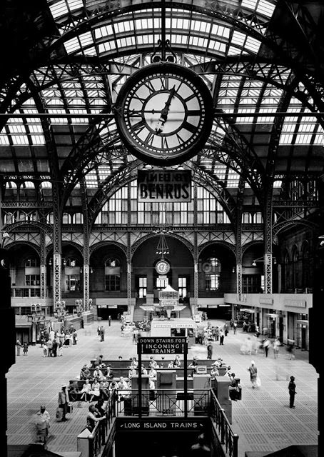 Old Penn Station Concourse, 1910