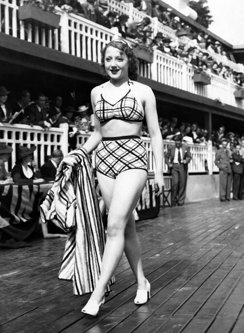 Swimsuit fashion in Paris, France,1930