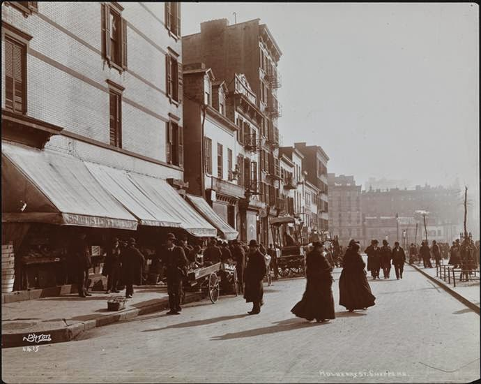 Pedestrians and push-carts on Mulberry Street, 1898