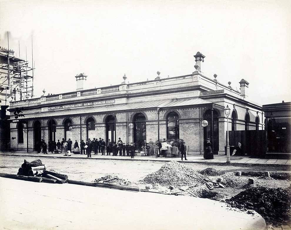 Paddington Station in 1868, the year it opened