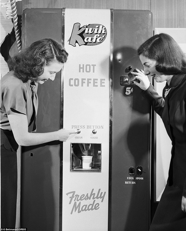 The sandwich dispenser was shown for the first time at the Chicago Exhibit, ca. 1950s.