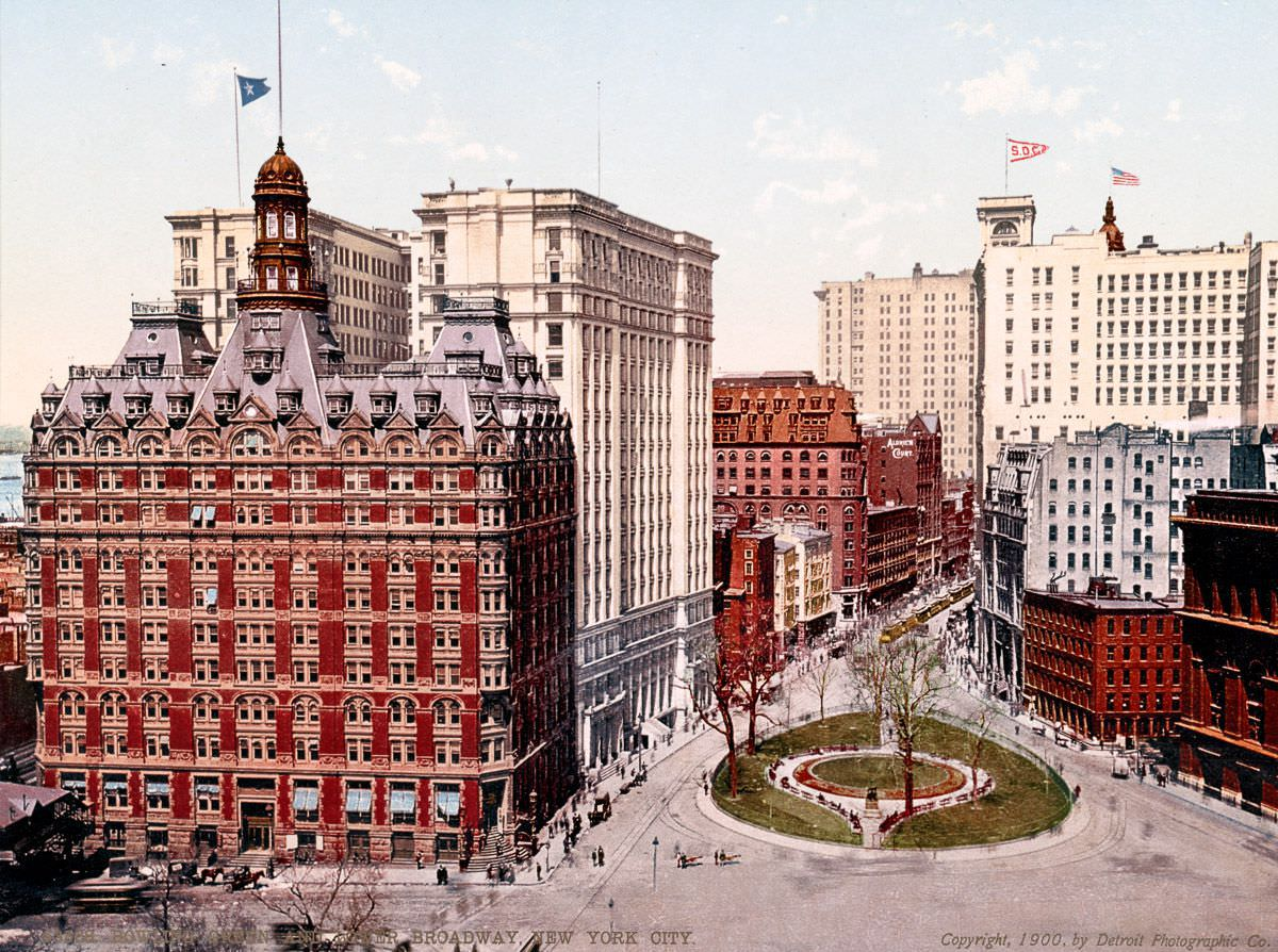 Bowling Green and lower Broadway, 1900