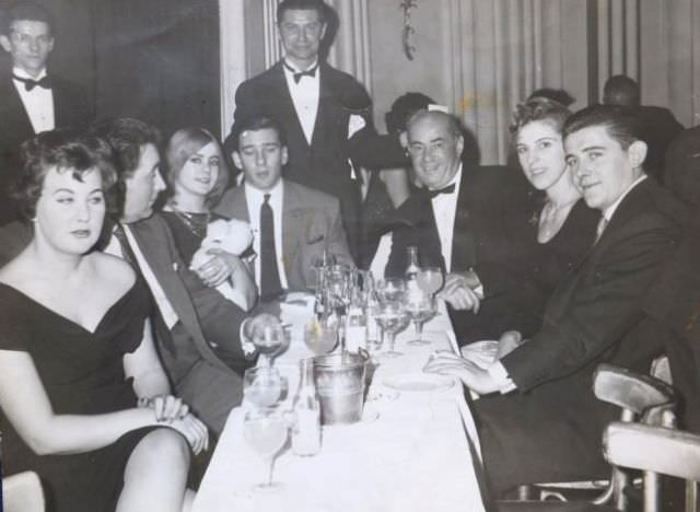 Frances Shea and gangster Reggie Kray (third and fourth from left) with friends at a London nightclub, 1962