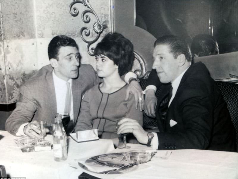 Frances Shea and gangster Reggie Kray with friends at a London nightclub, 1962