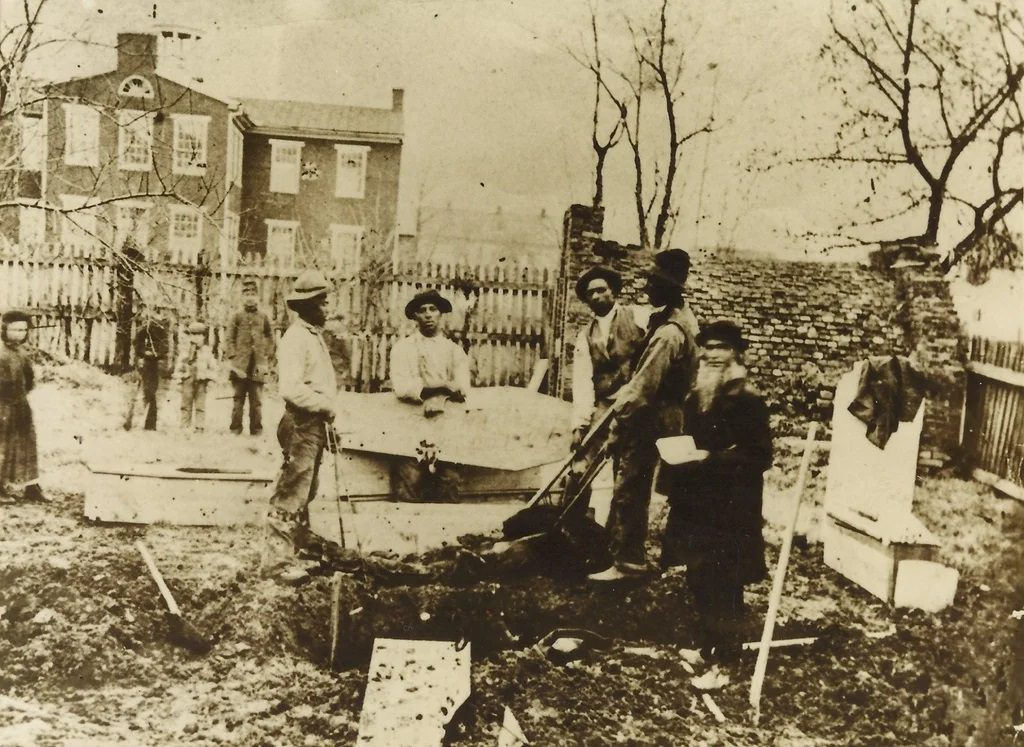 The exhumation of a Union soldier who died in Hanover, Pennsylvania, 1864. The soldier's remains were to be relocated to Soldiers National Cemetery in Gettysburg.