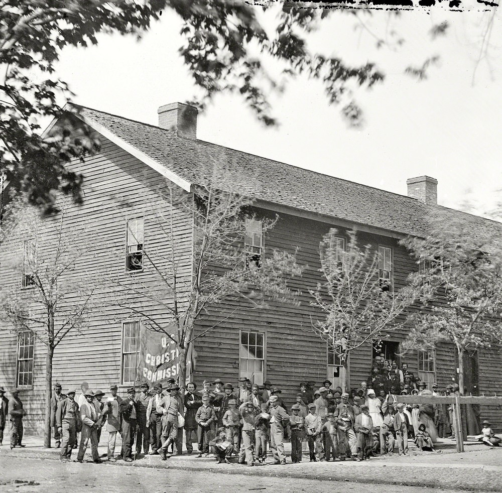 Crowd before headquarters of the U.S. Christian Commission, Richmond, Virginia, April 1865