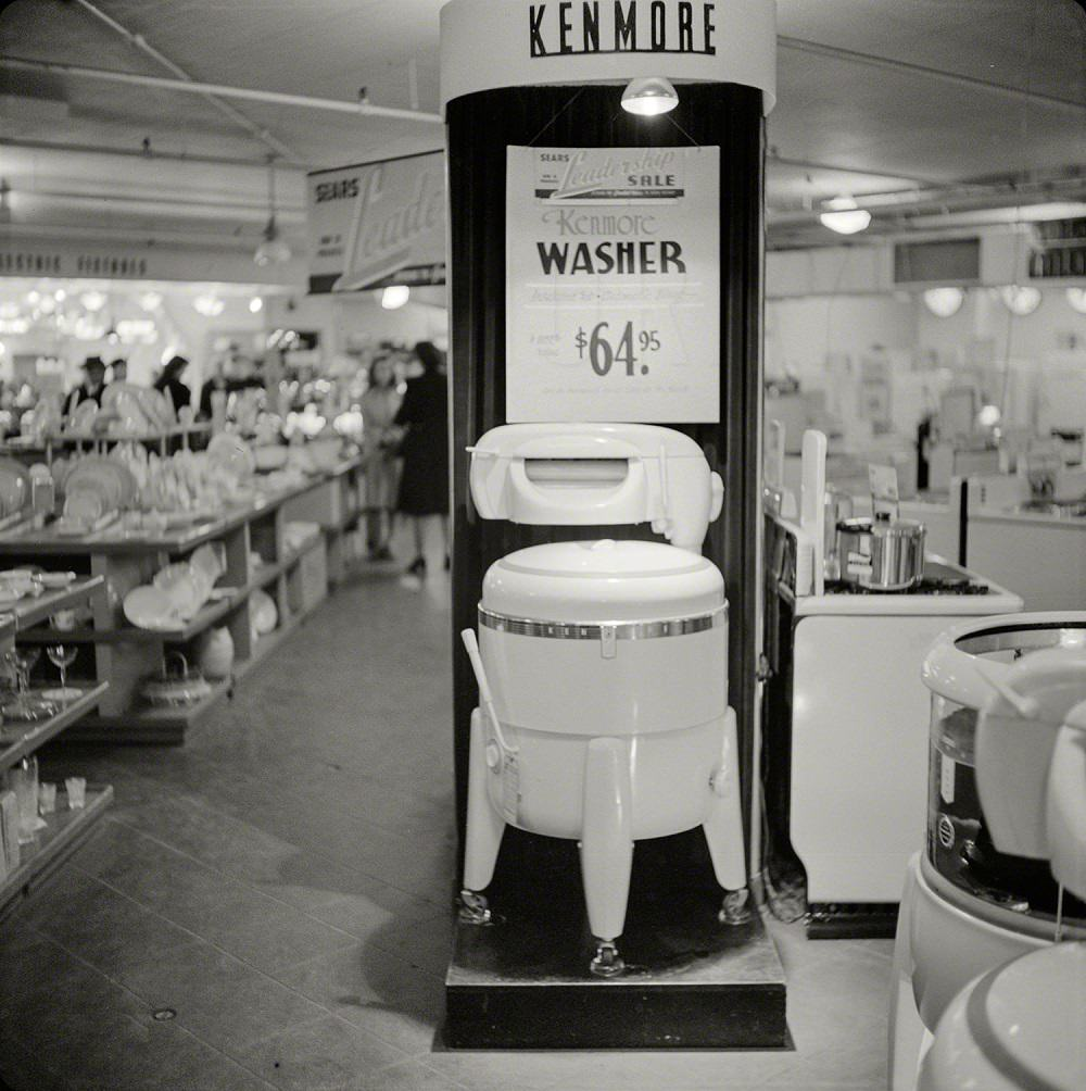 Washer for sale, Syracuse, October 1941