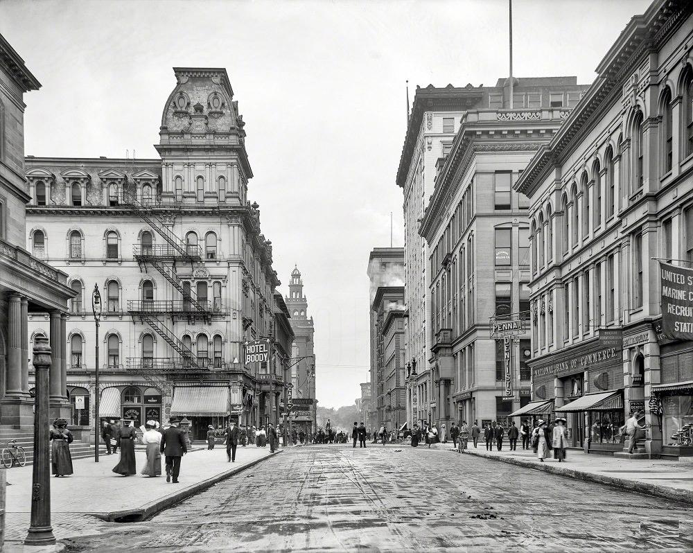 Madison Avenue, Toledo, 1909