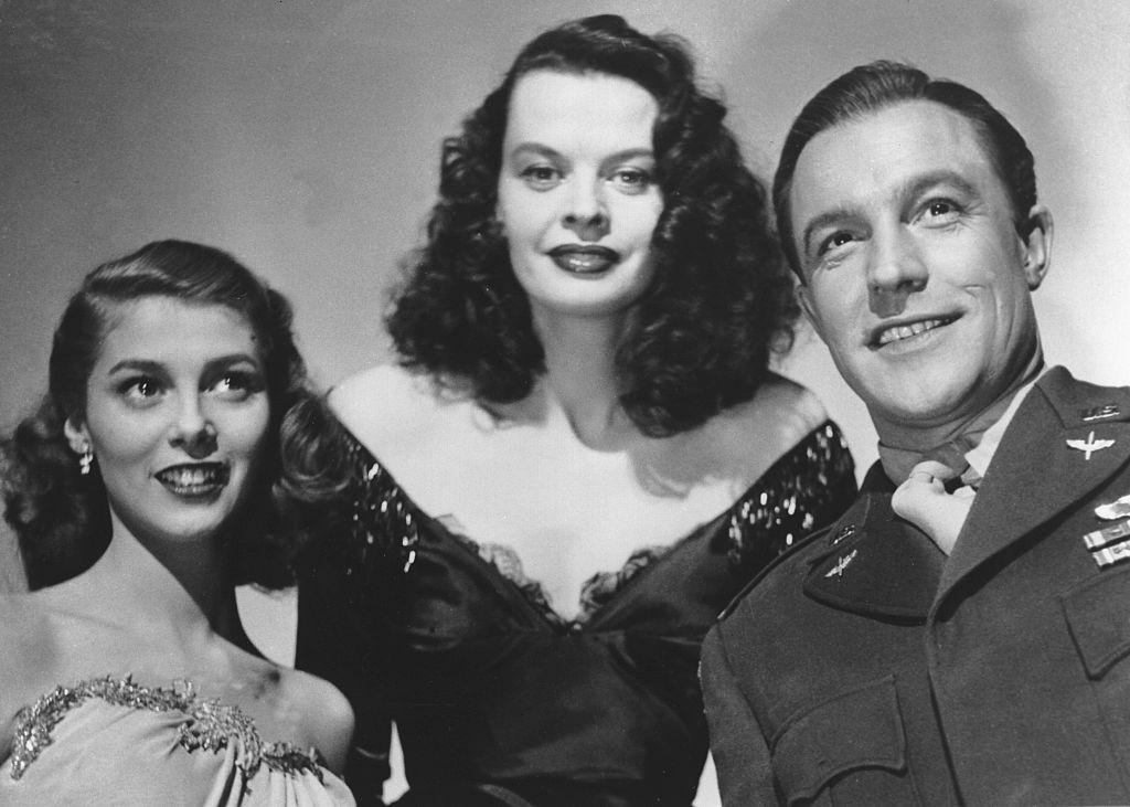 Pier Angeli with Kelly Gene and Margot Hielscher at the shootings for ''The Devil makes three'', 1952