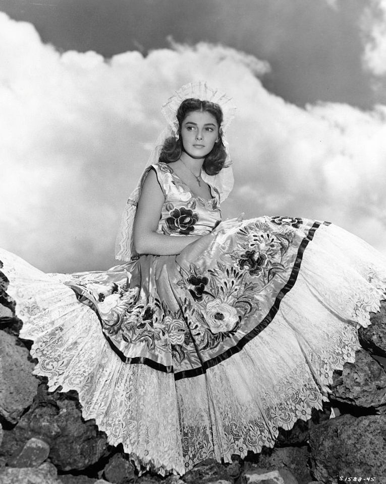 Pier Angeli in a traditional Mexican dress, 1953