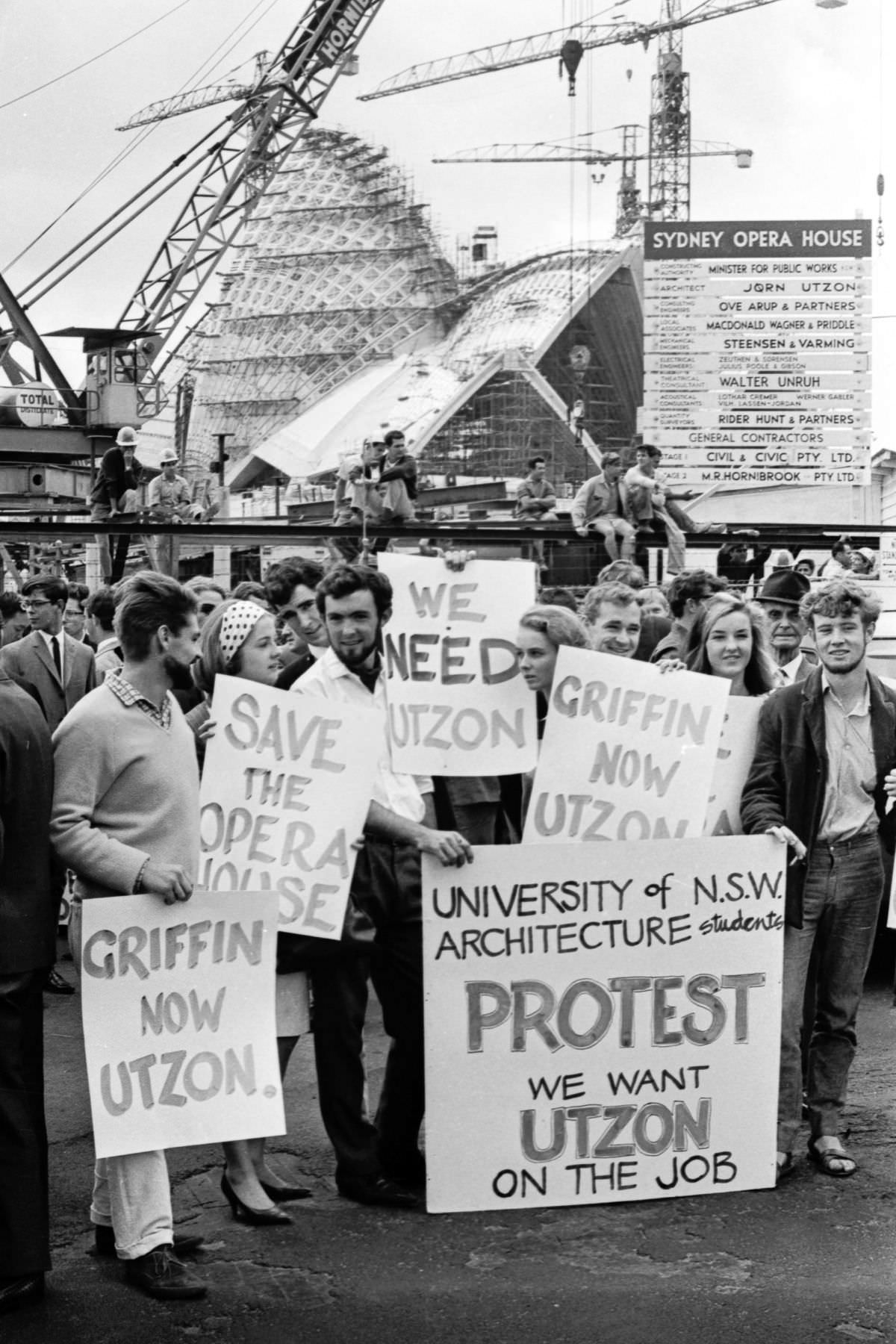Students protest and march from Sydney Opera House to Parliament House in Sydney after the resignation of architect Jørn Utzon, March 3, 1966.