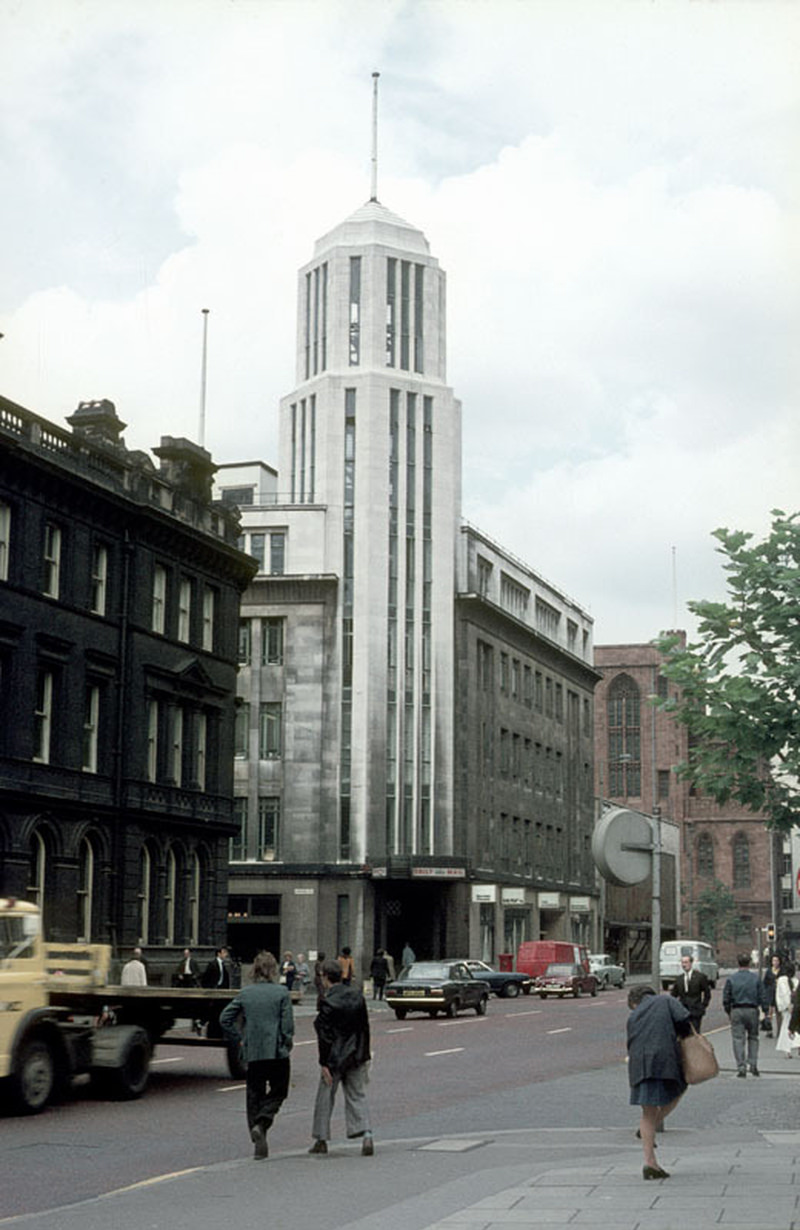 Northcliffe House at the junction of Deansgate and Hardman Street, around 1971.