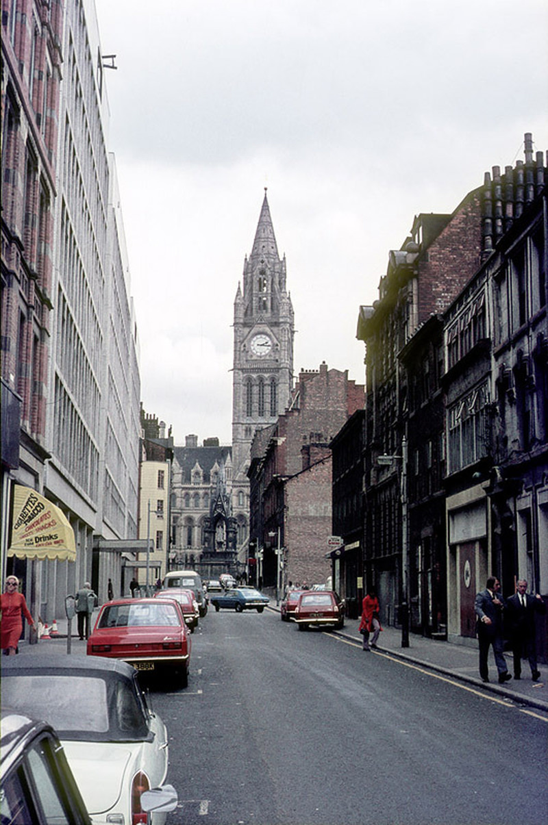 View along George Street from Oxford Street towards Piccadilly in 1972