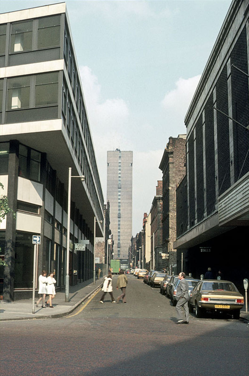 iew along Brazennose Street from Deansgate to Albert Square, 1972.