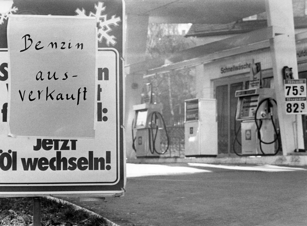 """A sign at a petrol station in Stuttgart says """"Petrol sold out"""" on the 18th of November in 1973 in Germany."""