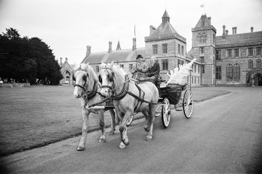 Coach and Horses, being used to beat the fuel shortage at Walton Hall, Warwickshire, 1973.