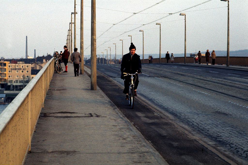 The Kennedy Bridge in Bonn, West Germany, during oil crisis.