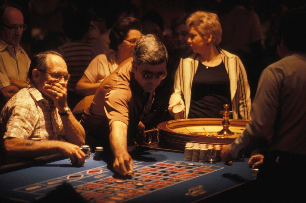 Roulette players in Las Vegas, 1980