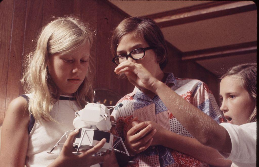 Az Apollo XI űrhajósok családjai Houstonban, Texas, 1969. július