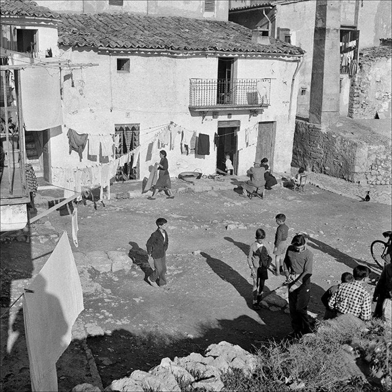 People in Jonquet, 1956