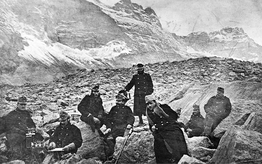 Austrian troops near the front line in the Dolomites. 1917.