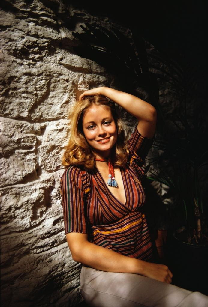 Gorgeous Photos of Young Cybill Shepherd From Her Life and ...