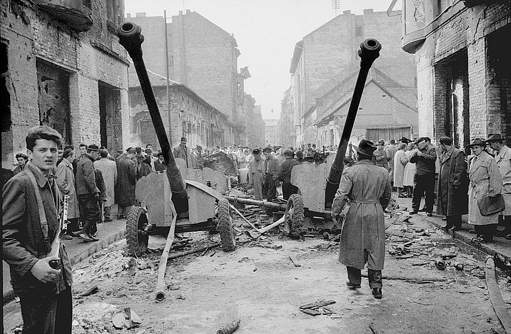 Rebels and mortars on the street during the riots. Budapest, October 29, 1956.