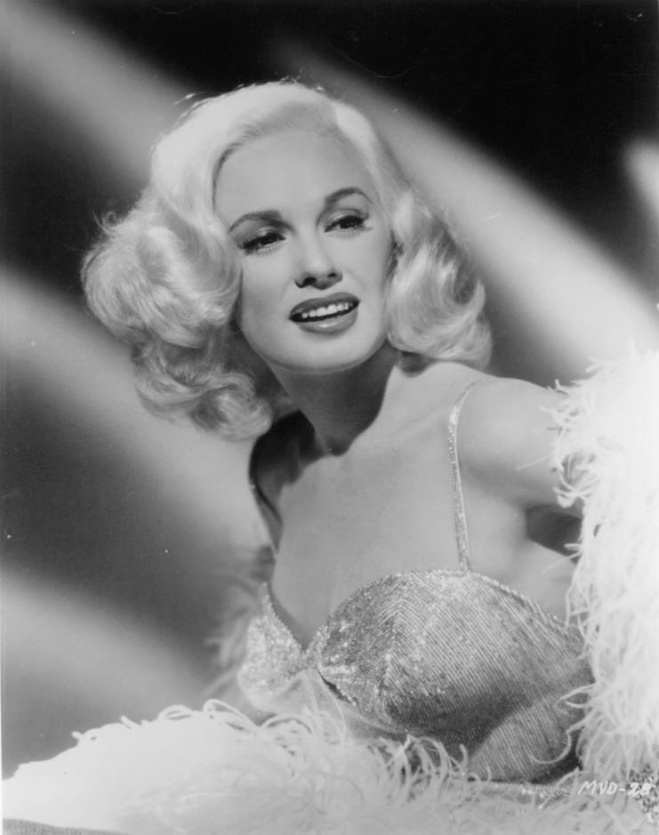 Mamie Van Doren publicity portrait for the film 'Running ...
