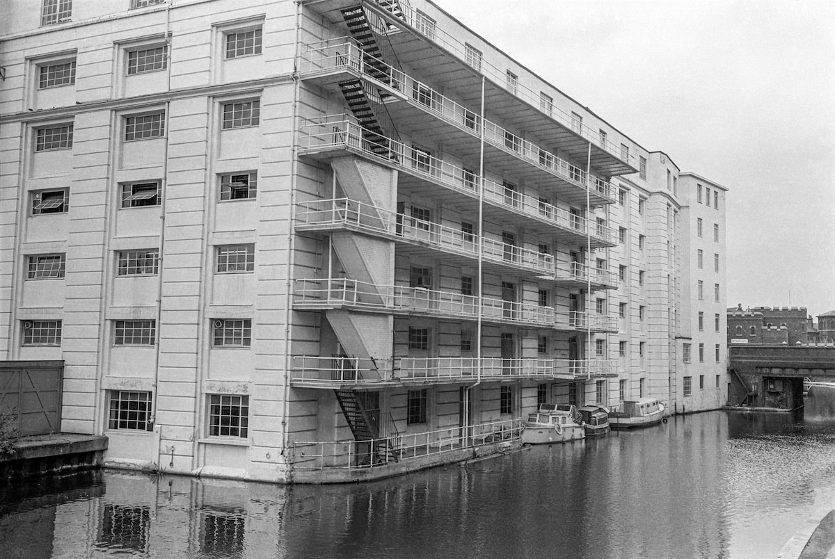 Gilbey House, Regents Canal, Camden, 1986