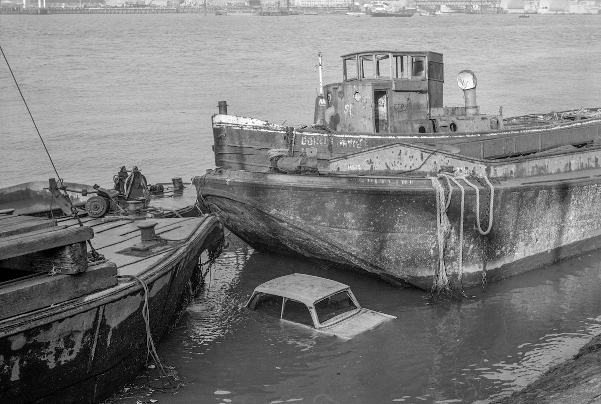 Car and vessels, 1982