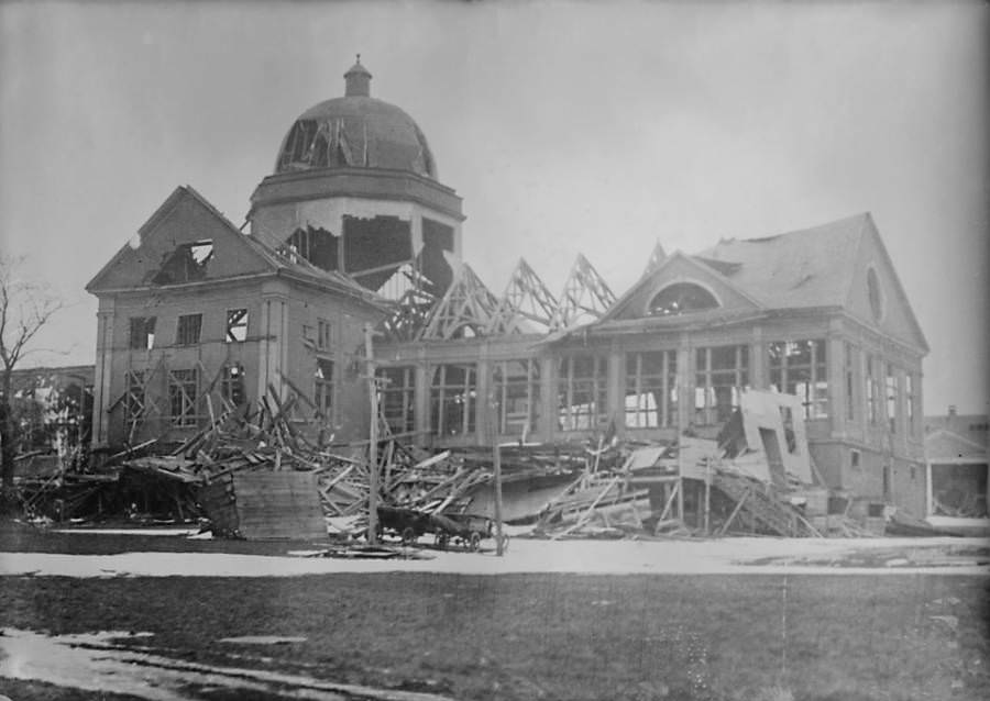 A building destroyed in the explosion.