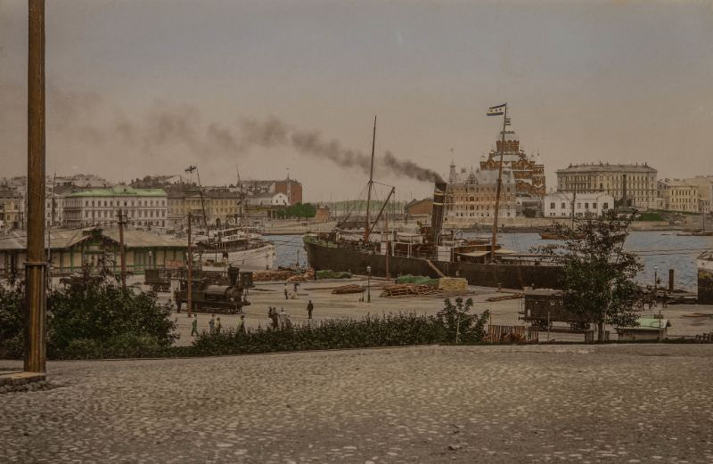 Helsink's Southern harbour, 1920s.