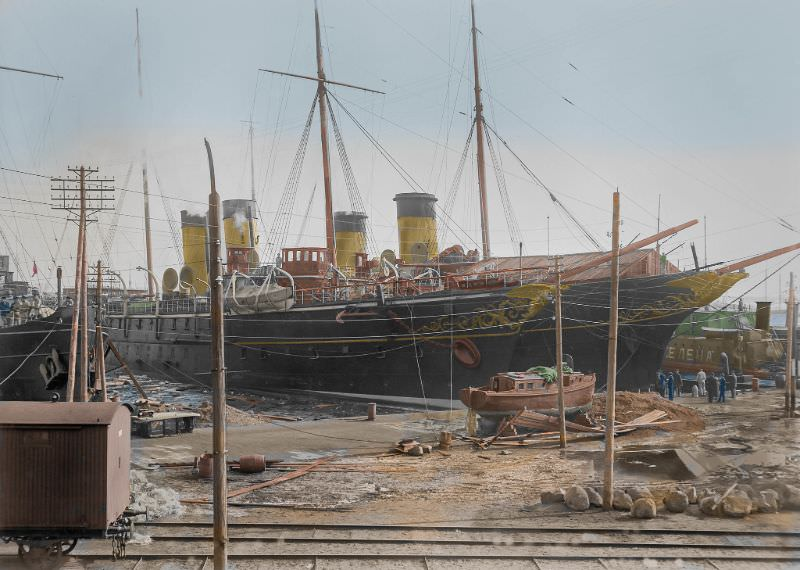 """The two former Imperial Yachts, """"Polar Star"""" (in front) and """"Standart"""" together in Helsinki, 1900s."""