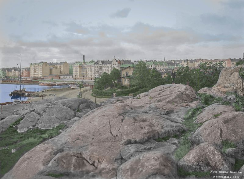 The western part of the Kaivopuisto park in Helsinki in 1910