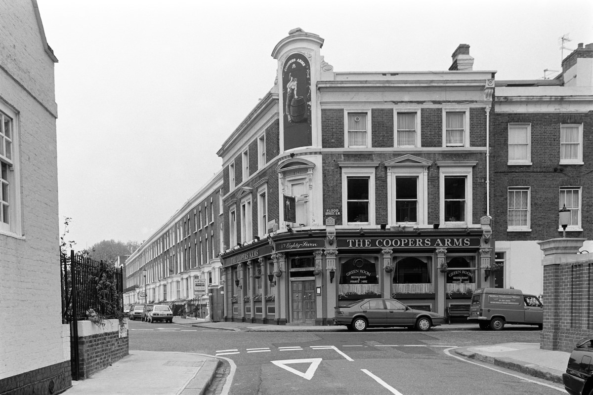 The Coopers Arms, pub, Flood Street, Chelsea, Kensington and Chelsea, 1988