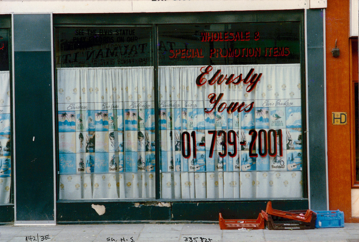 Elvisly Yours, Shoreditch High St, Shoreditch, Hackney, 1986