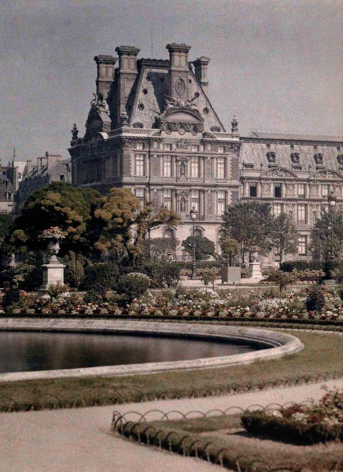 The Museum of the Decorative Arts in the Tuileries.