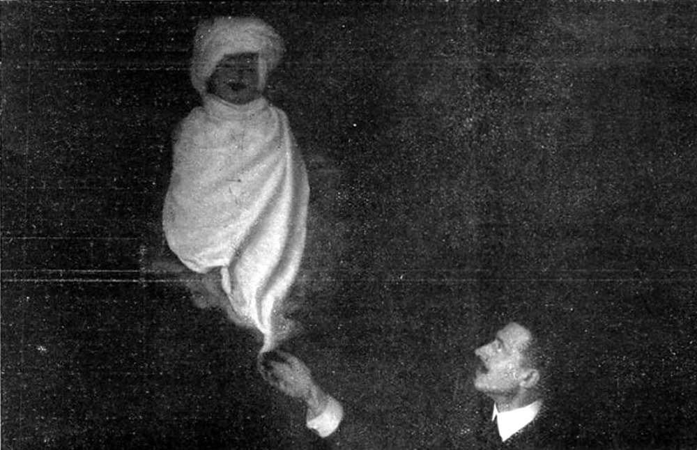 A fake materialization demonstrated by the magician William Marriott.