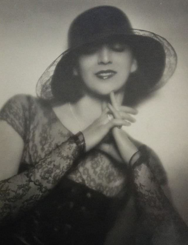 Miss Florence, 1928