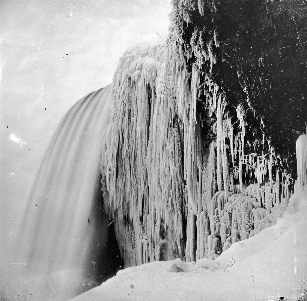 Icicles hanging from the rock at Bridal Veil or Luna Falls, on the American cataract of Niagara Falls, 1859.