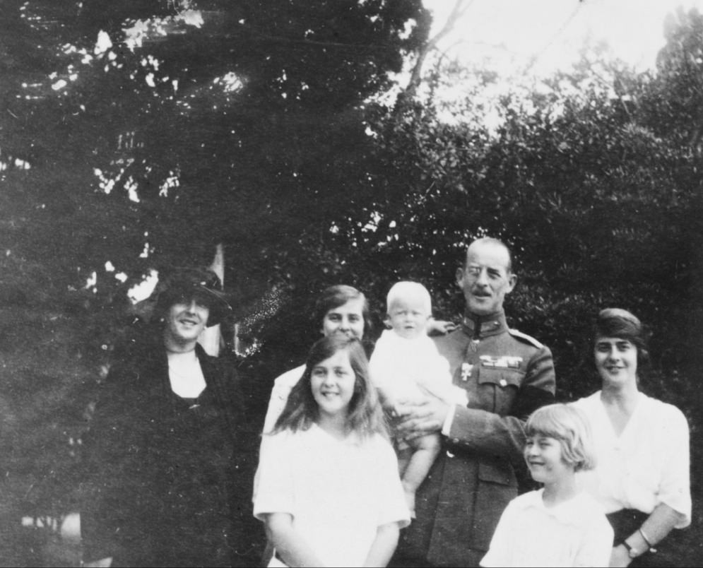 Philip with his parents and sisters, 1922.