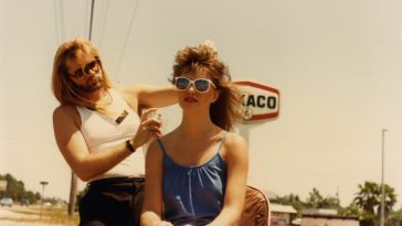 Fascinating Vintage Photos from a Tampa's Hair Salon in the 1980s