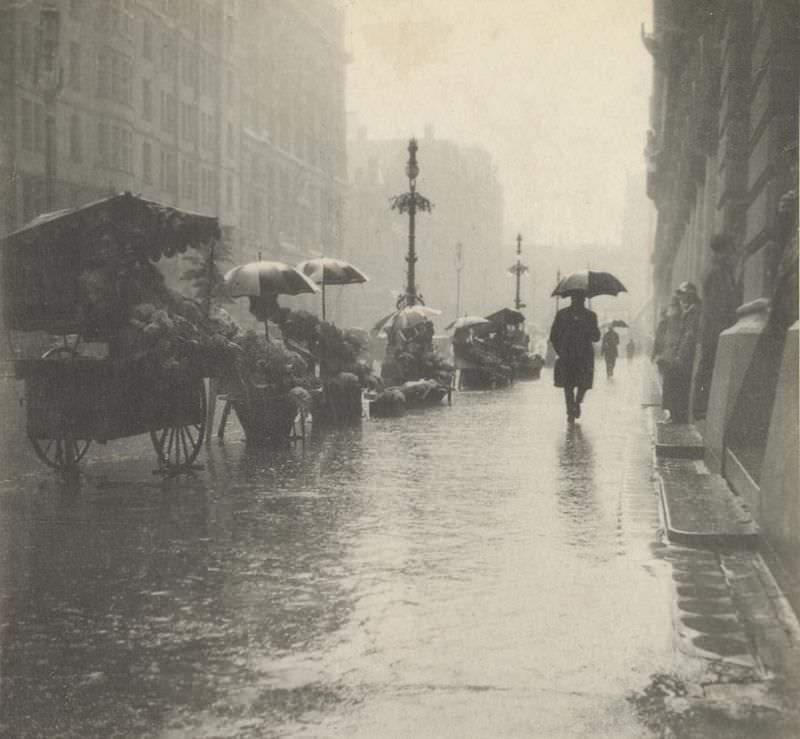 Martin Place, wet day, circa 1910s