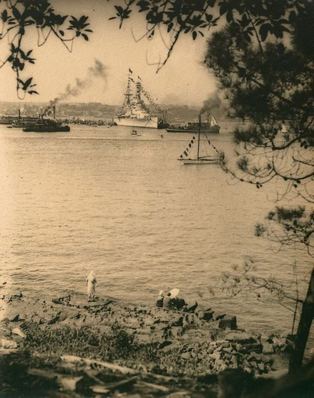 Untitled (HMS Renown taken from Kurraba Point, Sydney Harbour at the time of the visit of the Duke and Duchess of York), 1927