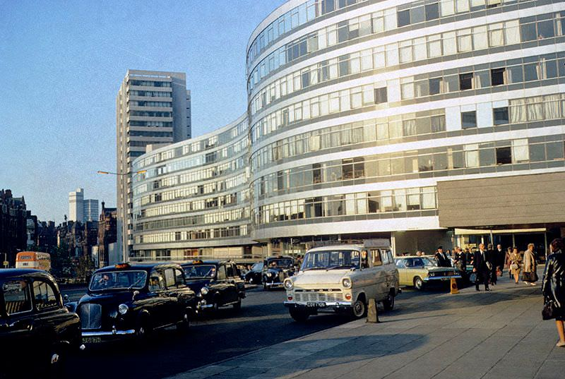 Piccadilly Station Approach and Gateway House.