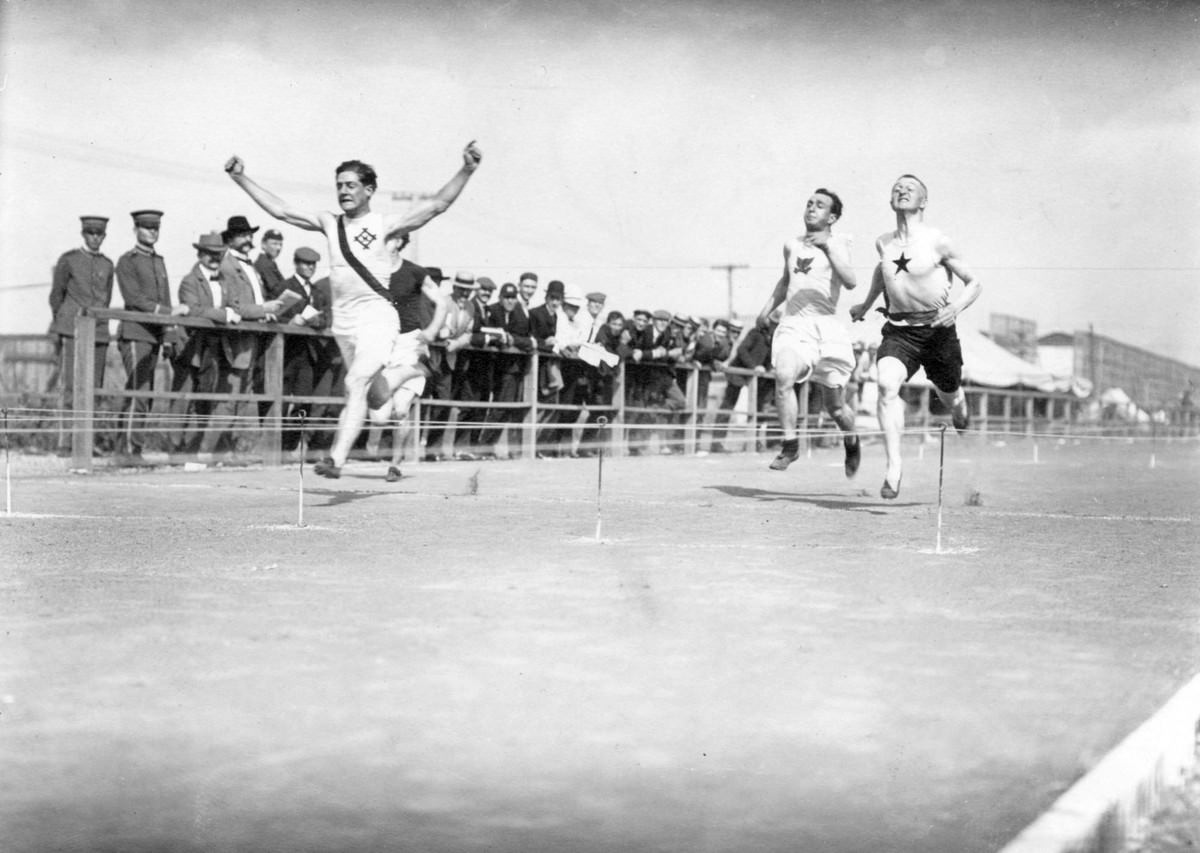 The 1904 Olympics also took place in St. Louis at the same time, stretched out over several months. Here, the finish of the first heat of the 100-yard handicap.