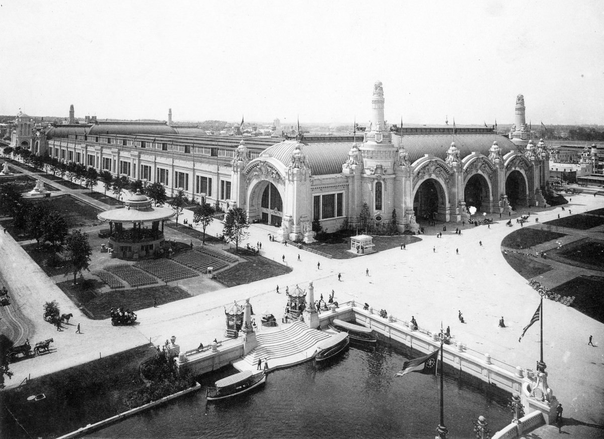 An overview of the Palace of Transportation and surrounding fairgrounds, photographed in 1904
