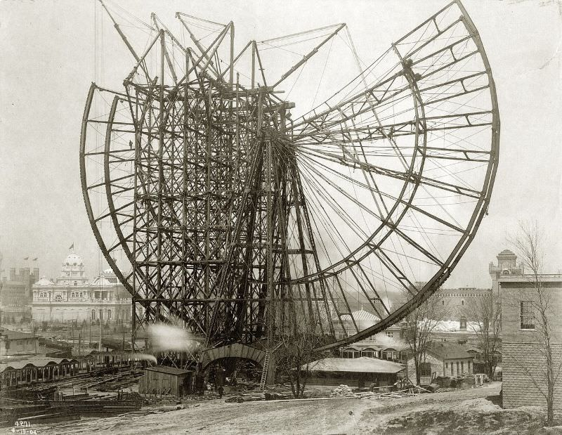 Construction of the Ferris Wheel at the World's Fair, 19 April 1904