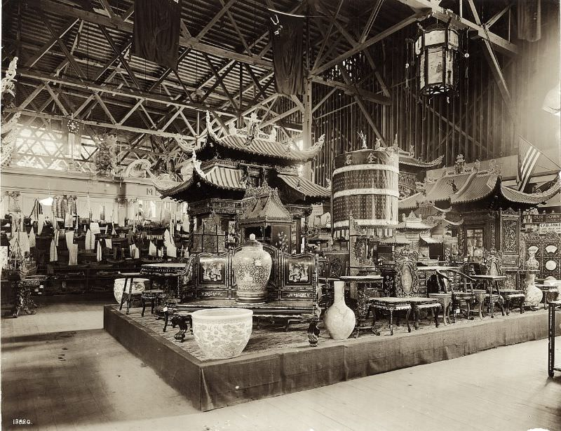 The Chinese exhibit in the Palace of Manufactures at the 1904 World's Fair, 1904