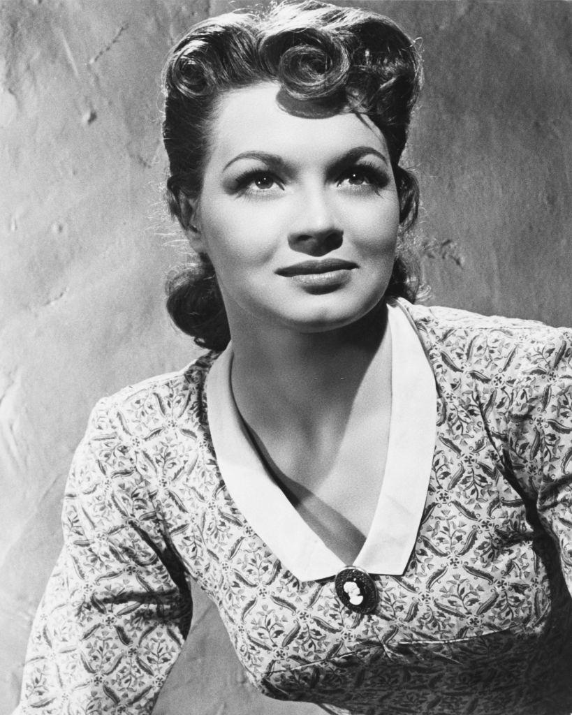 Angie Dickinson as Janice in a publicity still for the Western 'Gun the Man Down' 1956.